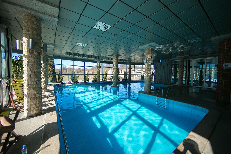 indoor pool at the hotel fortuna banjaluka