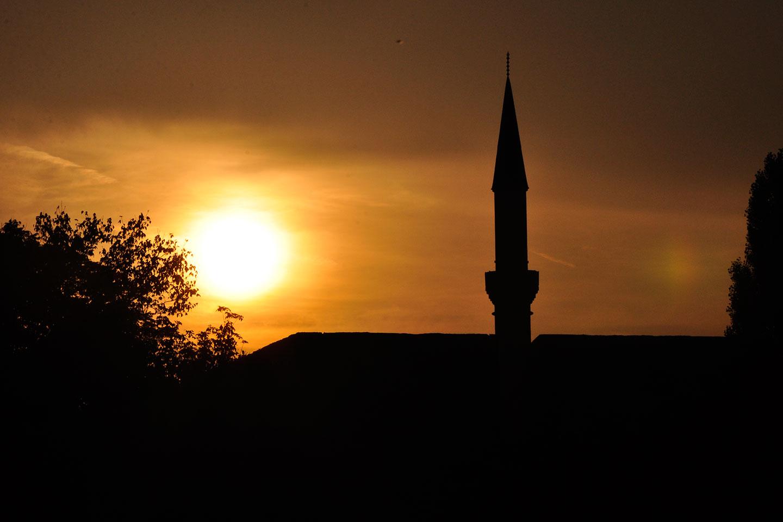 Ferhadija mosque sunset