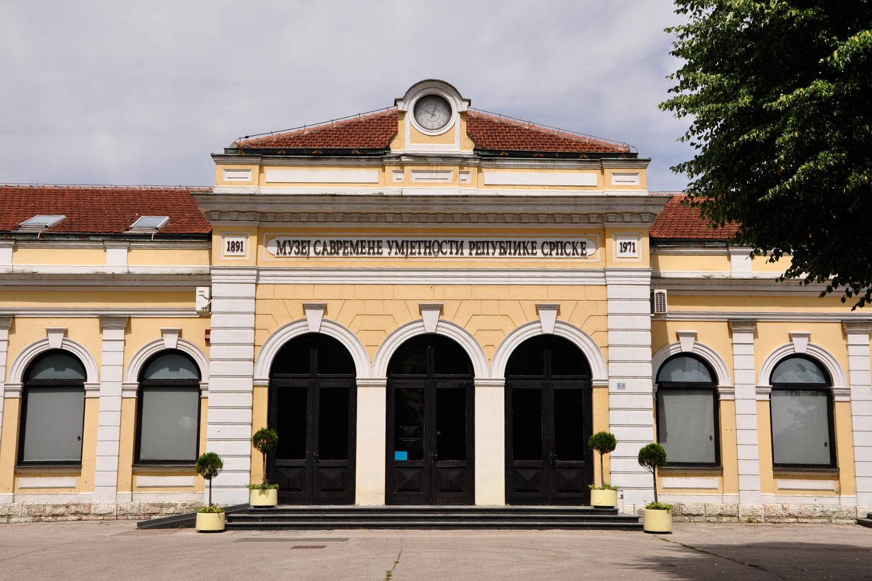 Muzej savremene umjetnosti - Stara željeznička stanica ...